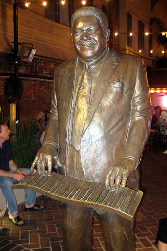 Fats Domino statue at Legends Park on Bourbon Street.